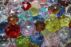 Handgemaakte juwele laat oë en harte skitter